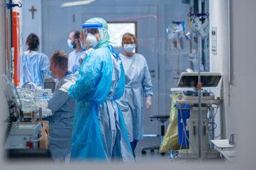 德国秋冬防疫看三项指标 专家质疑