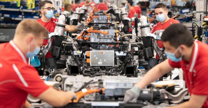 德国近半求援企业恐破产 政府已发千亿救助金