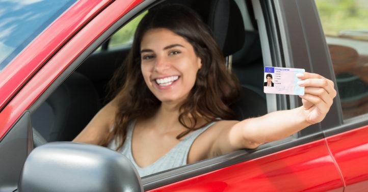 自8月2日起德国启用新版身份证 必须录入指纹